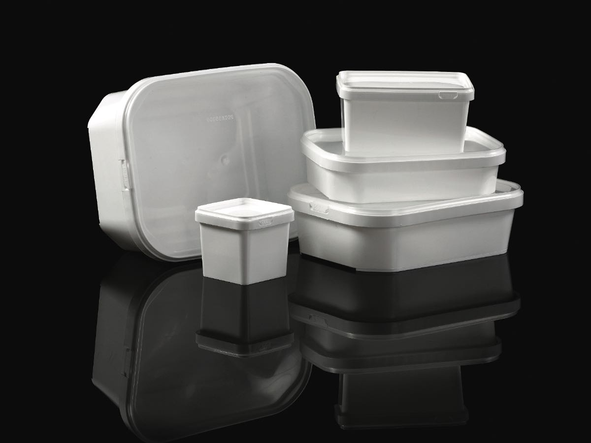 Plastic Packing Boxes