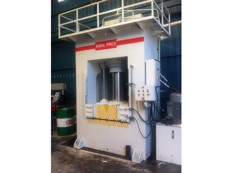 CNC Hidrolik Presler